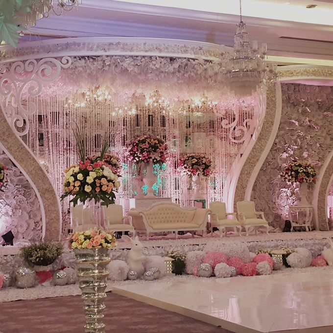 Weddings at Our Royal Ballroom by Royal Kuningan Jakarta - 015