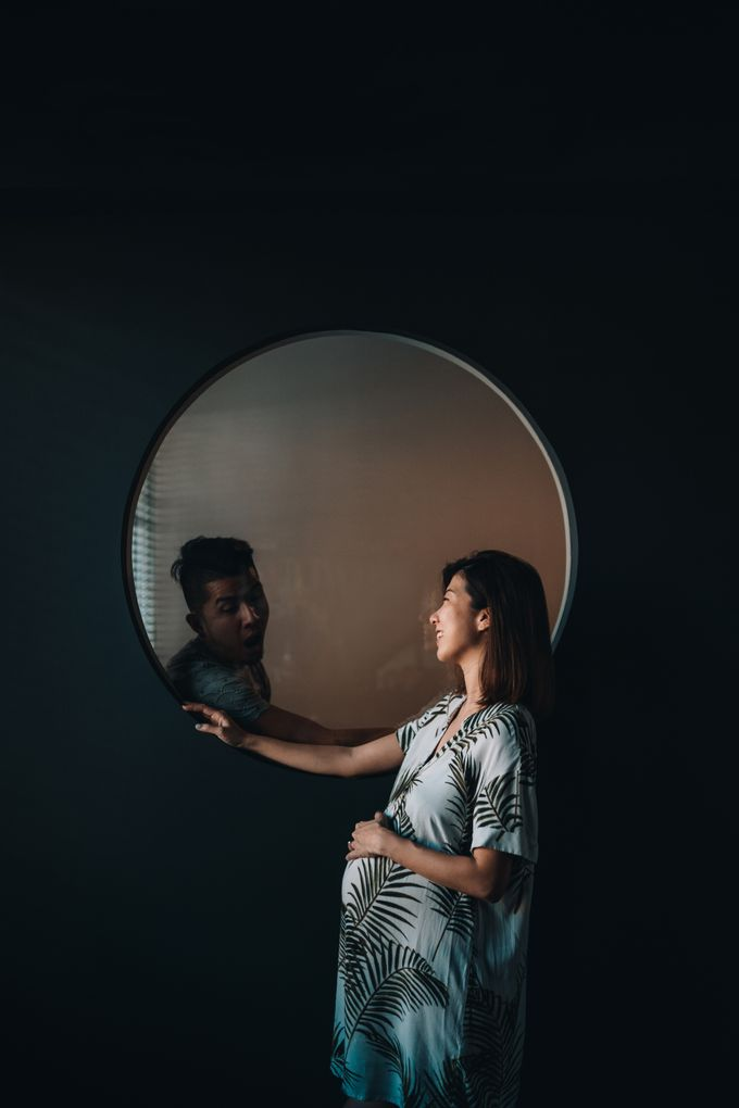 Not your average maternity shoot by Ohey Studios - 001