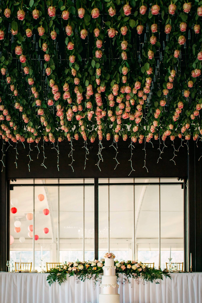 A modern whimsical wedding for VP&TP by Pink Stardust Events - 006