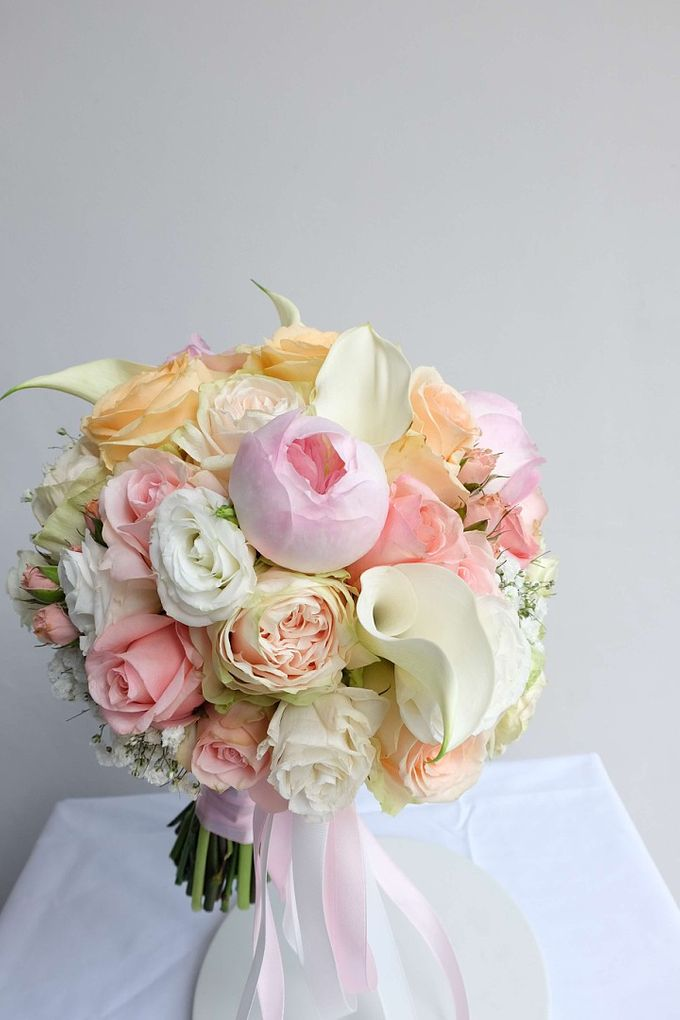 Round Bouquet Collection by Il Fiore - 016