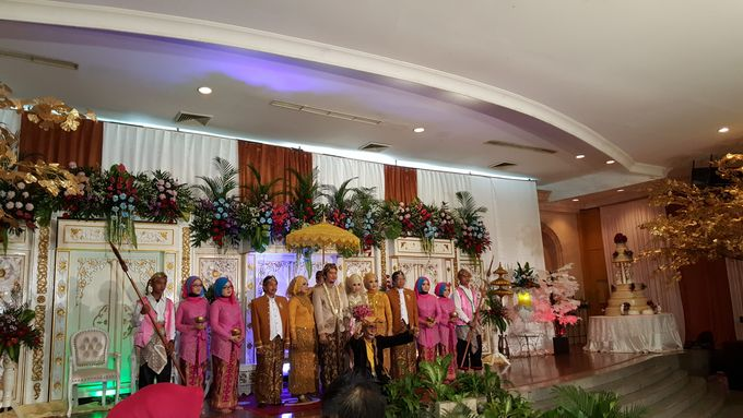 Contoh Dekorasi Tambahan Wedding Tradisional by Hotel Istana Nelayan - 005