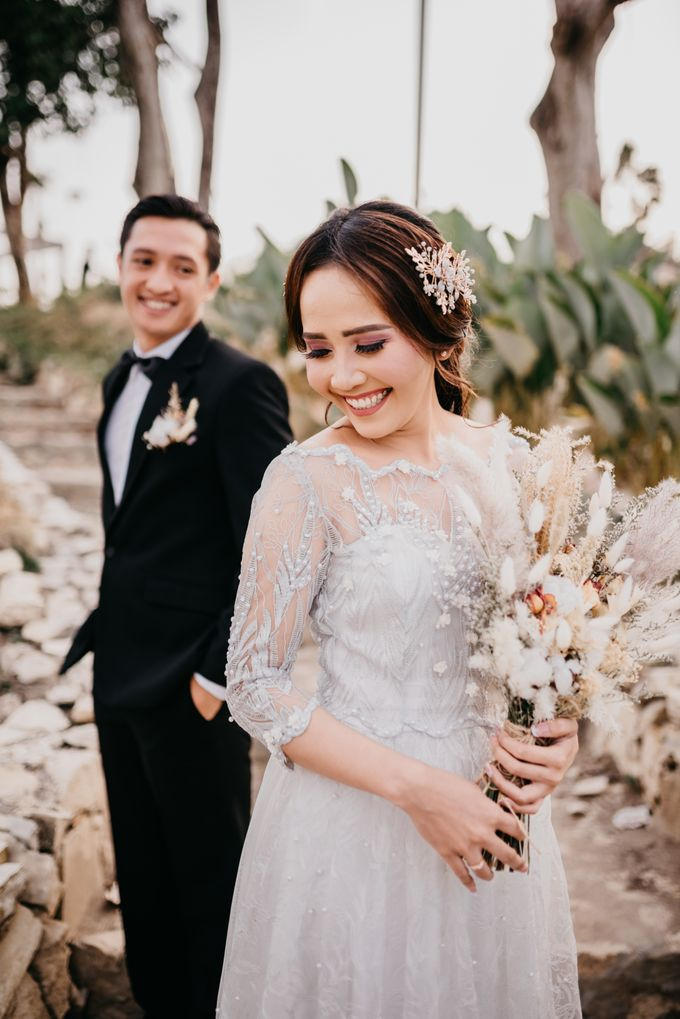 PUTRI & KITO - Millenials Wedding by SORA Wedding Organizer - 005