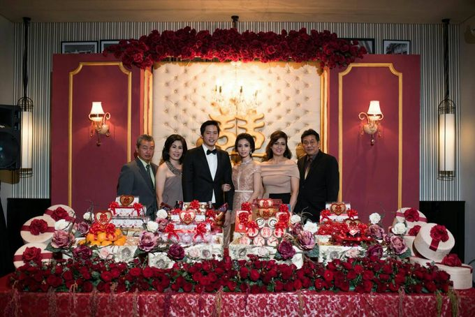 The Engagement Of Renny & Valent by Pixel Event Designer - 008