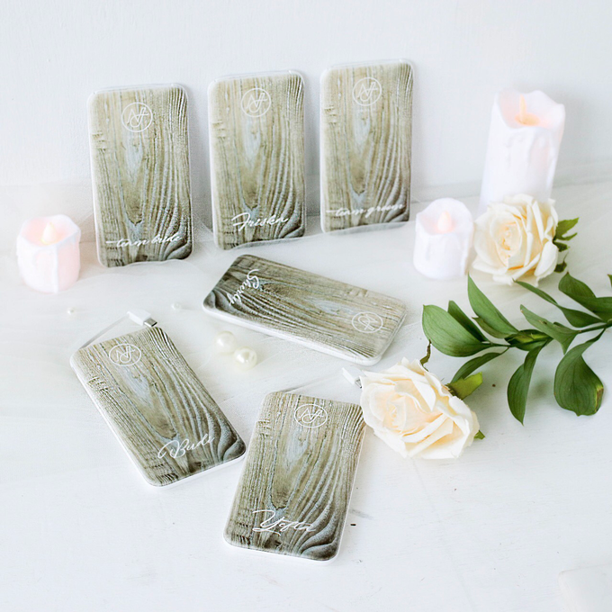 Custom Powerbank - Bridesmaids gift by PORTÉ by Clarin - 001