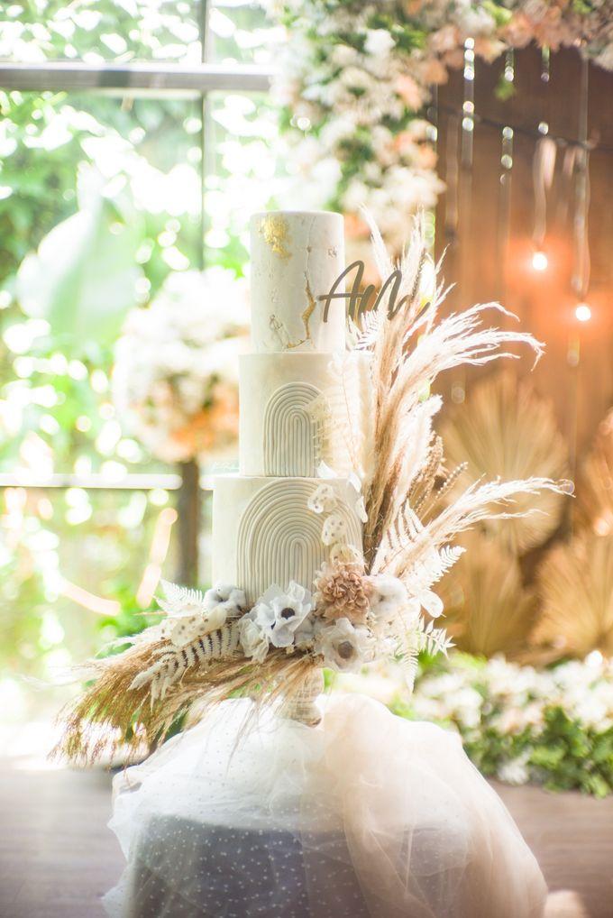 A + M Wedding by JW Marriott Hotel Surabaya - 001