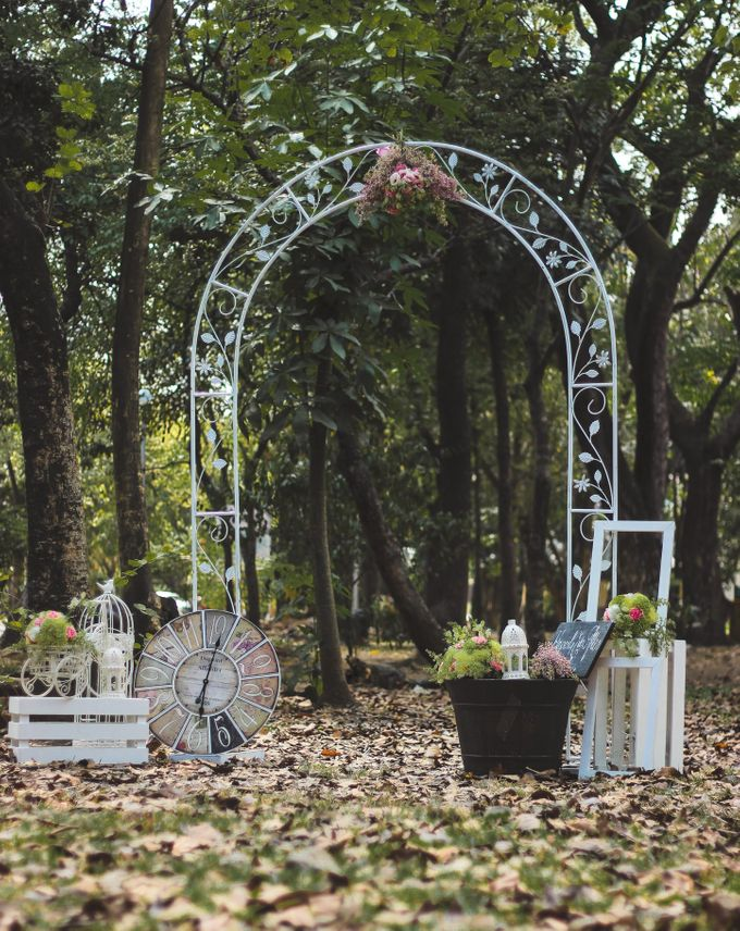 Summer Romance - Shabby Chic Outdoor Event Styling by Eye Candy Manila Event Styling Co. - 020
