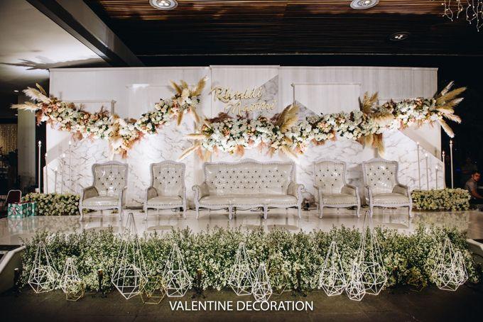 Rivaldy & Naomi Wedding Decoration by Bramanta Wijaya Sposa - 002