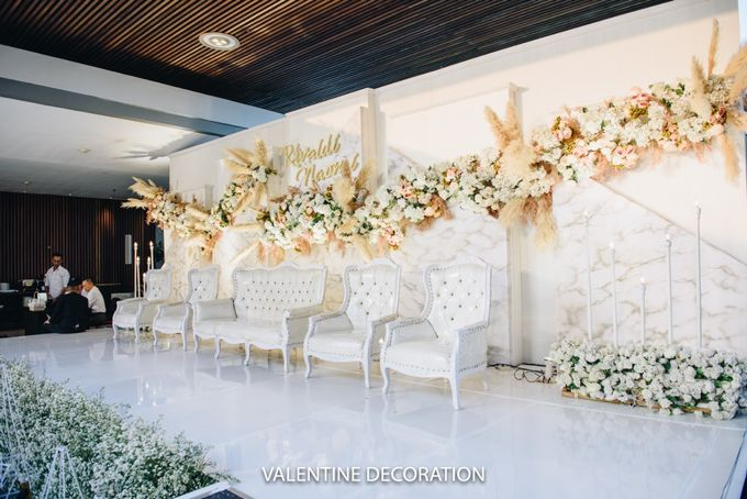 Rivaldy & Naomi Wedding Decoration by Bramanta Wijaya Sposa - 006