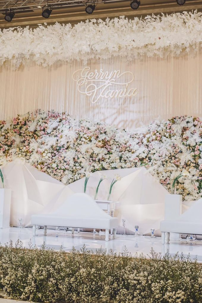 Gerryn & Vania Wedding Decoration by Valentine Wedding Decoration - 006
