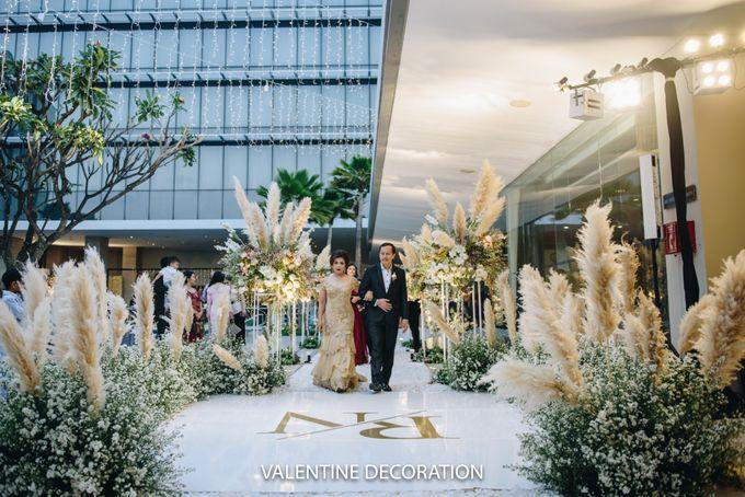 Rivaldy & Naomi Wedding Decoration by Bramanta Wijaya Sposa - 010