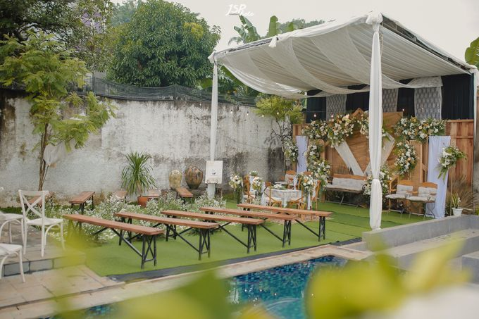 The Wedding of Dila & Imam di Villa Vii by Decor Everywhere - 023