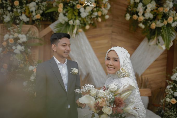 The Wedding of Dila & Imam di Villa Vii by Decor Everywhere - 047