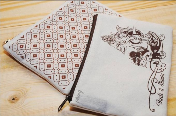 Souvenir Pouch Jawa by Plung Creativo - 005