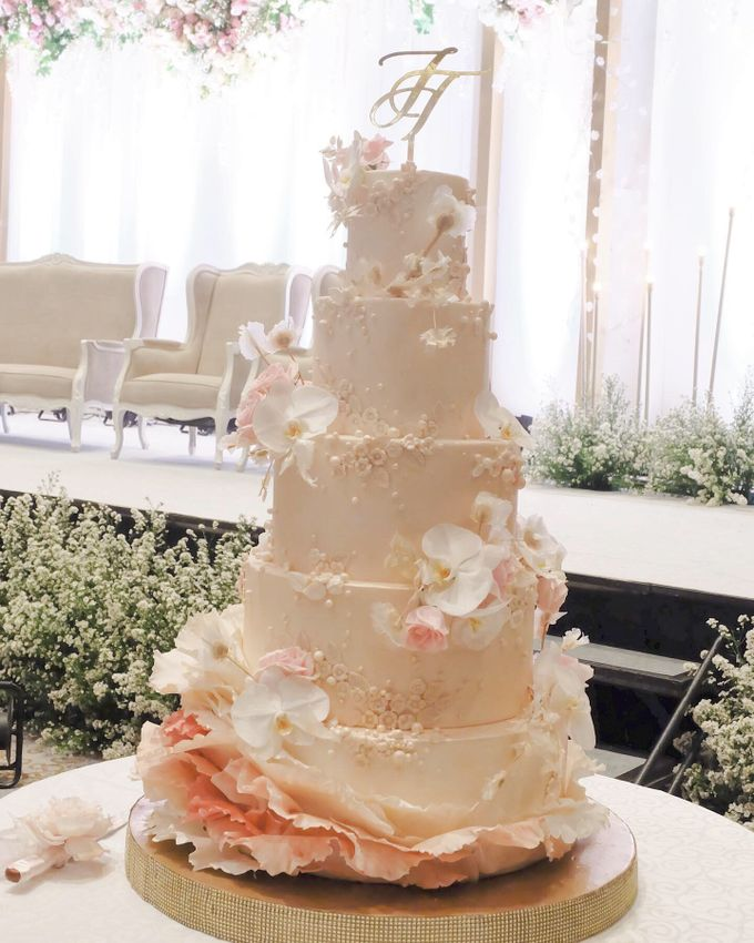 The Wedding of Jeremiah & Teresia by KAIA Cakes & Co. - 017