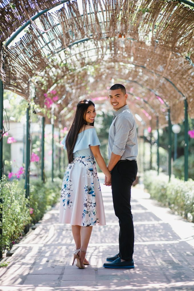 Chris & Povvy Engagement Session by Mot Rasay Photography - 003