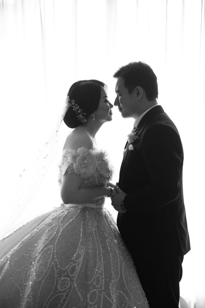 Ritz Carlton - Brian & Sophie by Maestro Wedding Organizer - 005