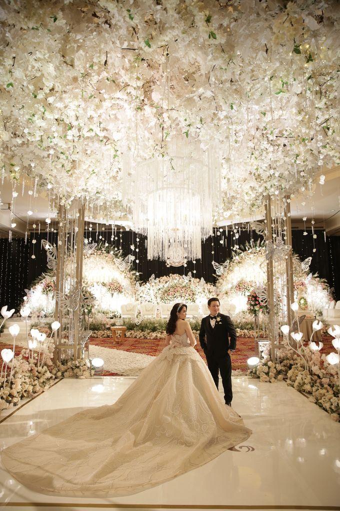 Ritz Carlton - Brian & Sophie by Maestro Wedding Organizer - 006