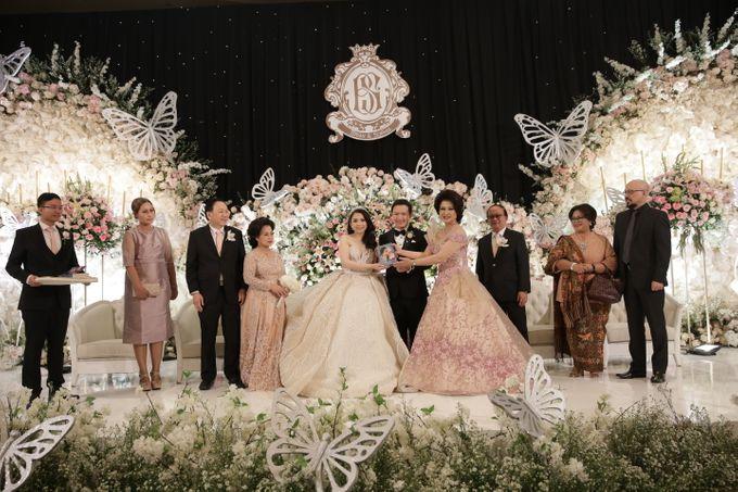 Ritz Carlton - Brian & Sophie by Maestro Wedding Organizer - 010