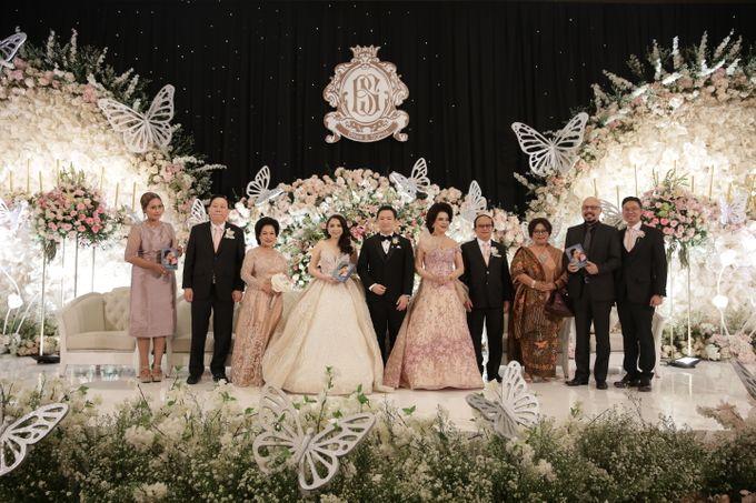 Ritz Carlton - Brian & Sophie by Maestro Wedding Organizer - 011