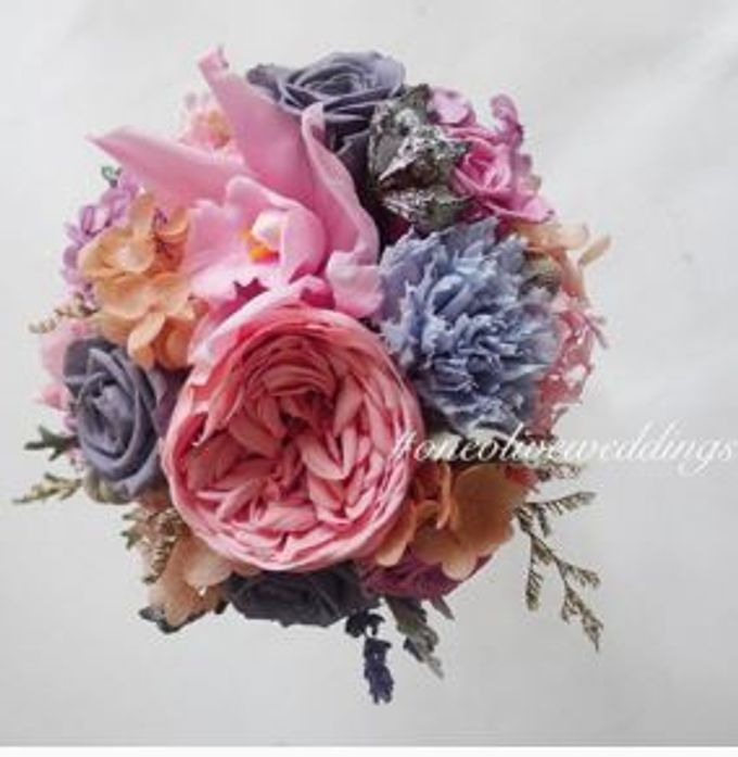 Preserved Bridal Bouquet by One Olive - 013