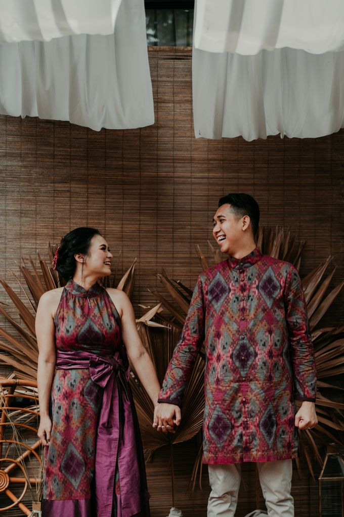 Arianti & David Engagement by SVARNA by IKAT Indonesia Didiet Maulana - 002