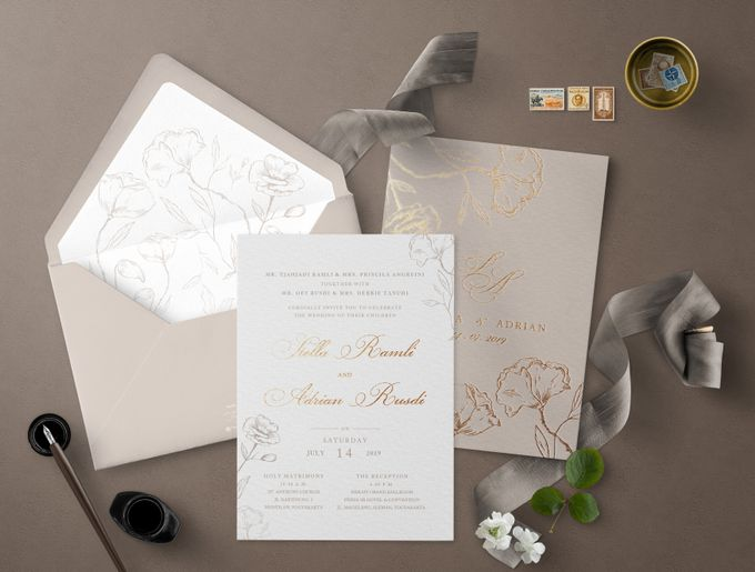 Romantic Beige by Trouvaille Invitation - 003