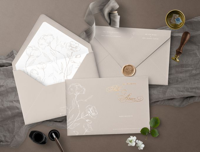 Romantic Beige by Trouvaille Invitation - 004