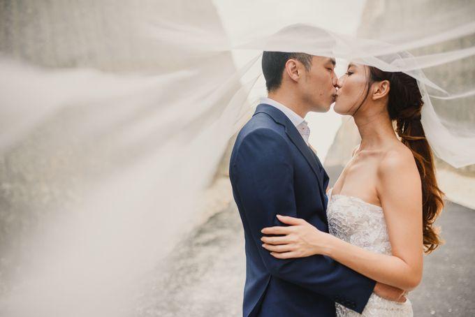 Prewedding Desmond & Joyce by Putri Bali Makeup - 038
