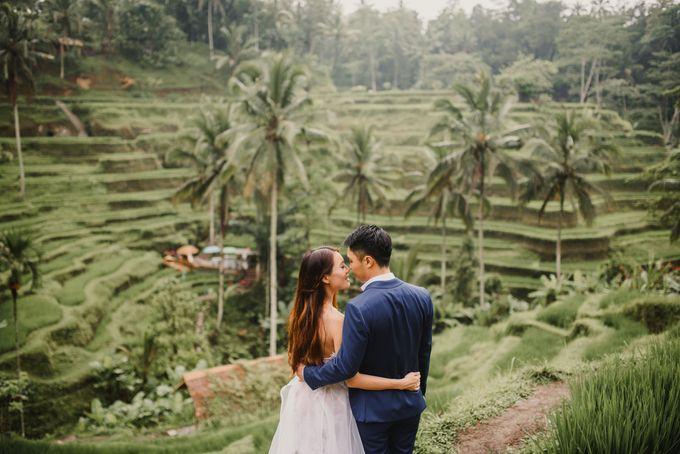 Prewedding Desmond & Joyce by Putri Bali Makeup - 013