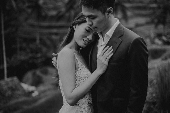 Prewedding Desmond & Joyce by Putri Bali Makeup - 015
