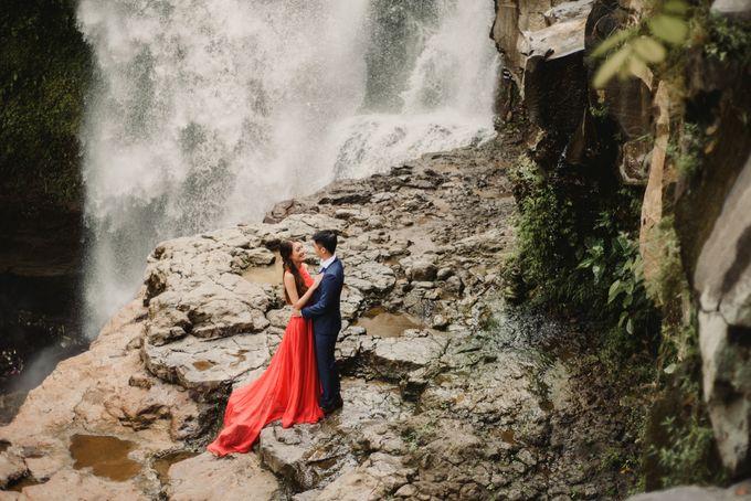Prewedding Desmond & Joyce by Putri Bali Makeup - 017