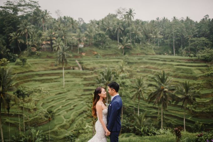 Prewedding Desmond & Joyce by Putri Bali Makeup - 002