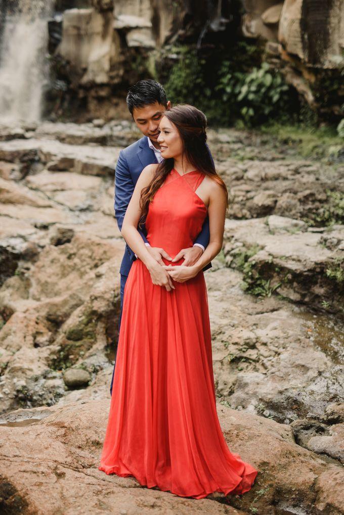 Prewedding Desmond & Joyce by Putri Bali Makeup - 023