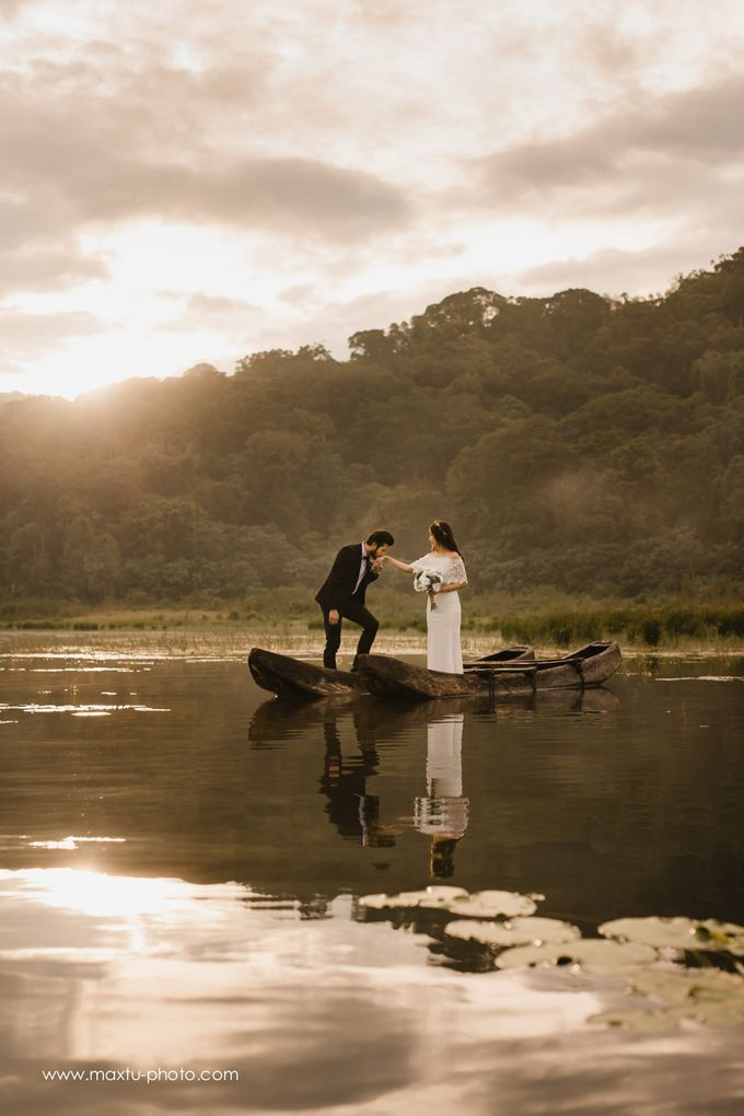 Romantic Bali by Maxtu Photography - 007
