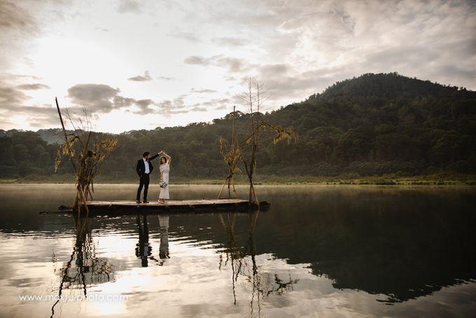 Romantic Bali by Maxtu Photography - 014