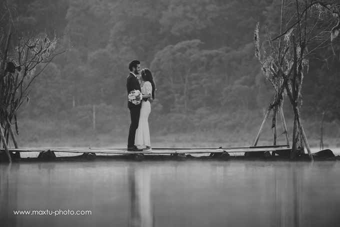 Lake in Bali by Maxtu Photography - 016