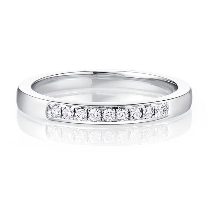 TIARIA Princess Nine Diamond Engagement Ring Cincin Tunangan Berlian by TIARIA - 001