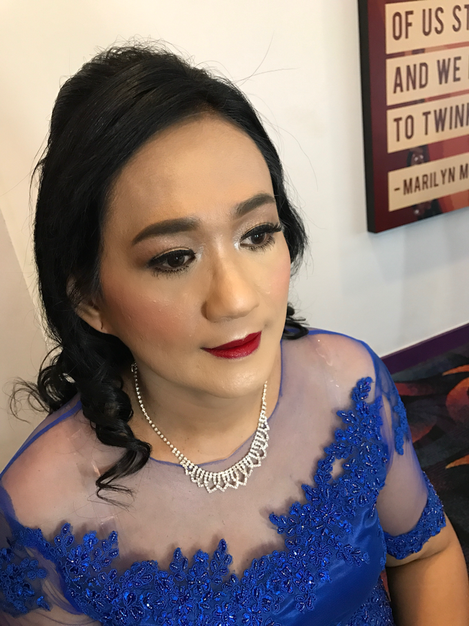 Mother of the Bride/Groom Makeup by Fame Hotel Gading Serpong - 008