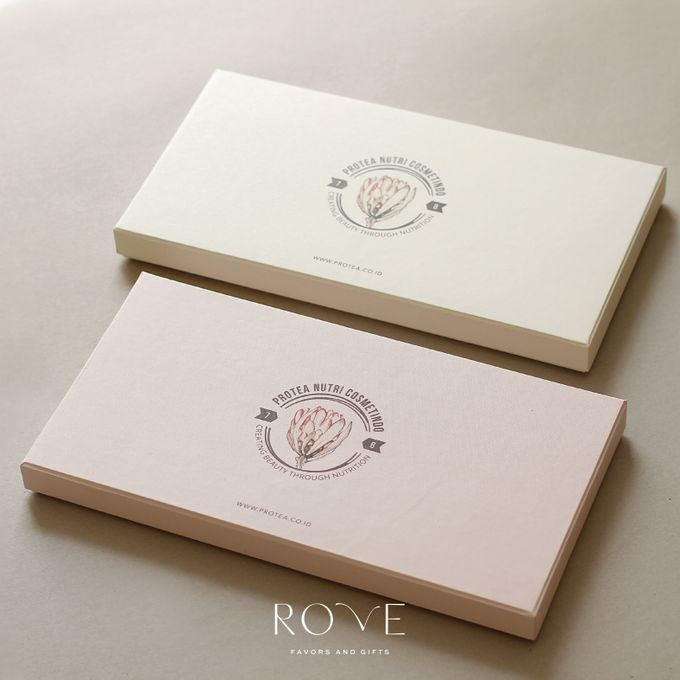 Protea - Custom Gift Set by Rove Gift - 001