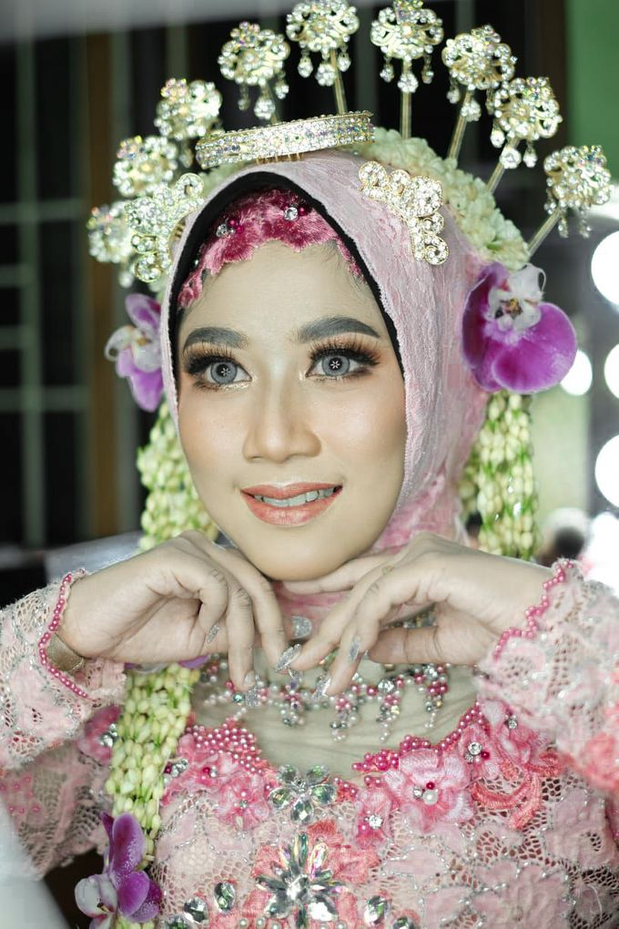 Solo Puteri Berhijab Tanpa Paes by iir bahari professional makeup and wedding - 002