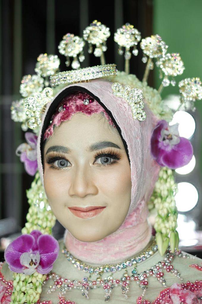 Solo Puteri Berhijab Tanpa Paes by iir bahari professional makeup and wedding - 003