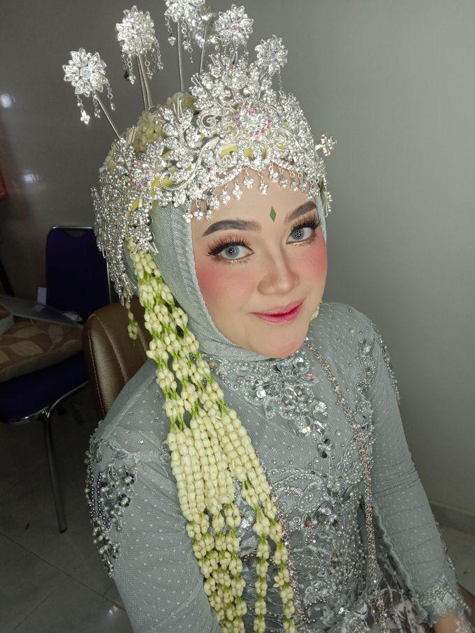 Siger Sunda Berhijab by iir bahari professional makeup and wedding - 004