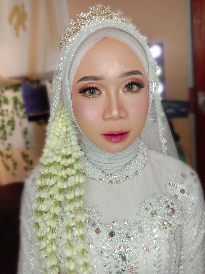Hijabdo Modern by iir bahari professional makeup and wedding - 001