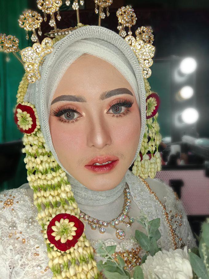 Solo Puteri Berhijab Tanpa Paes by iir bahari professional makeup and wedding - 004