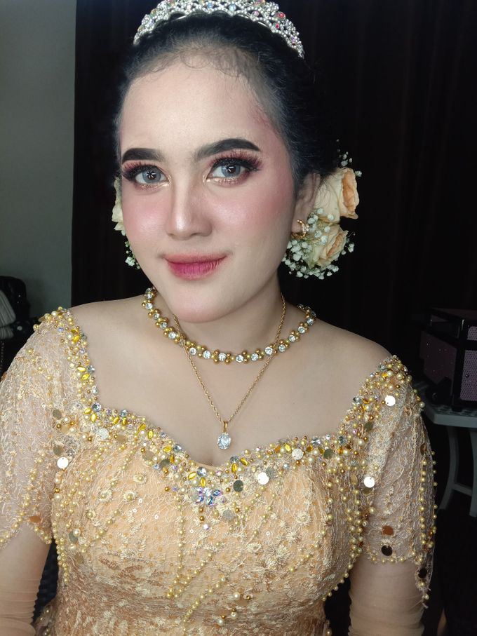 Hairdo Modern by iir bahari professional makeup and wedding - 006