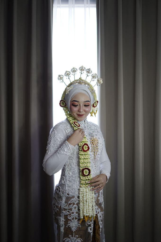 Solo Puteri Berhijab Tanpa Paes by iir bahari professional makeup and wedding - 010
