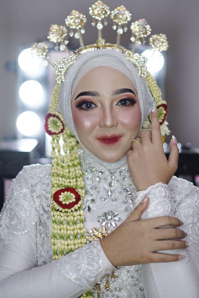 Solo Puteri Berhijab Tanpa Paes by iir bahari professional makeup and wedding - 009