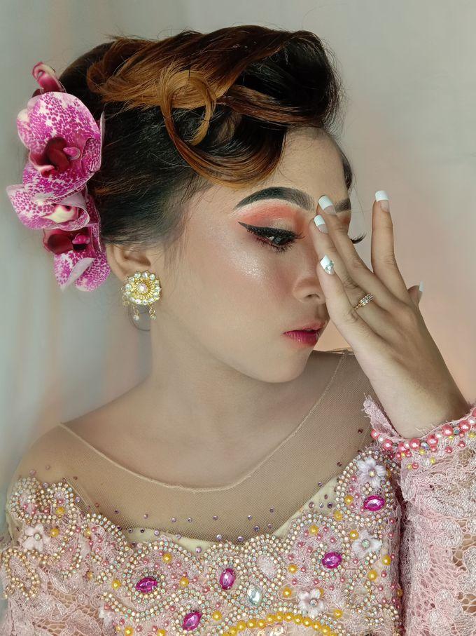 Hairdo Modern by iir bahari professional makeup and wedding - 014