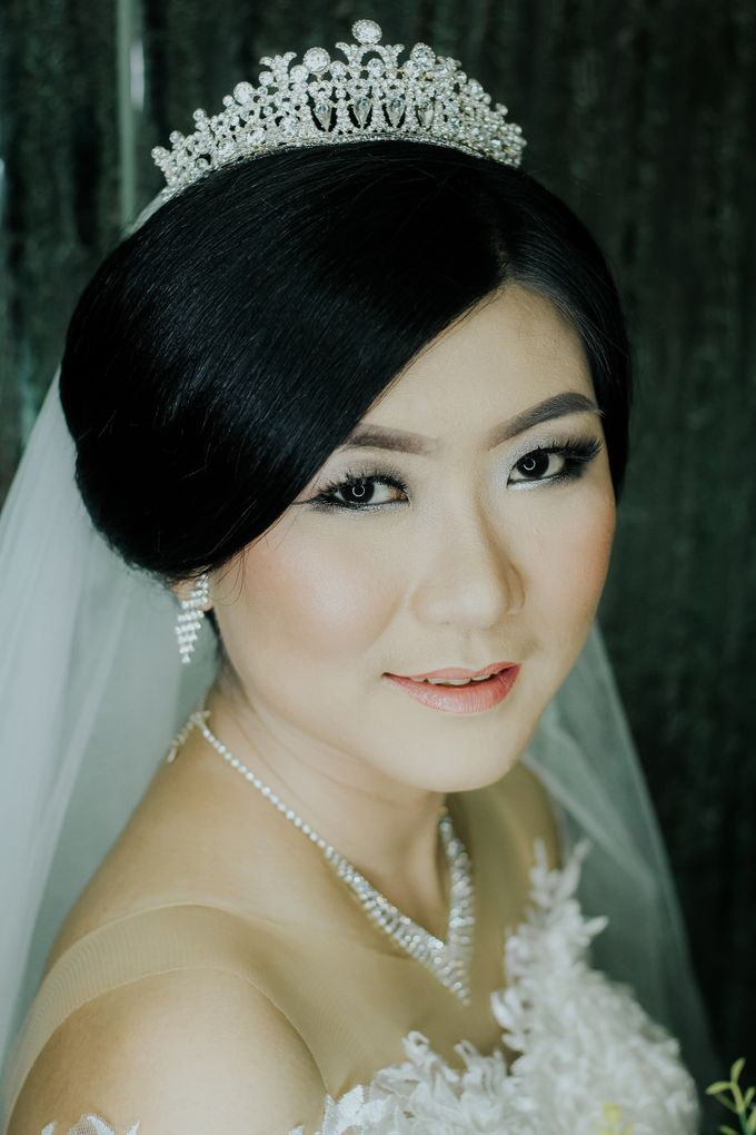 Bride In White For Yenni by Vintageopera Slashwedding - 003