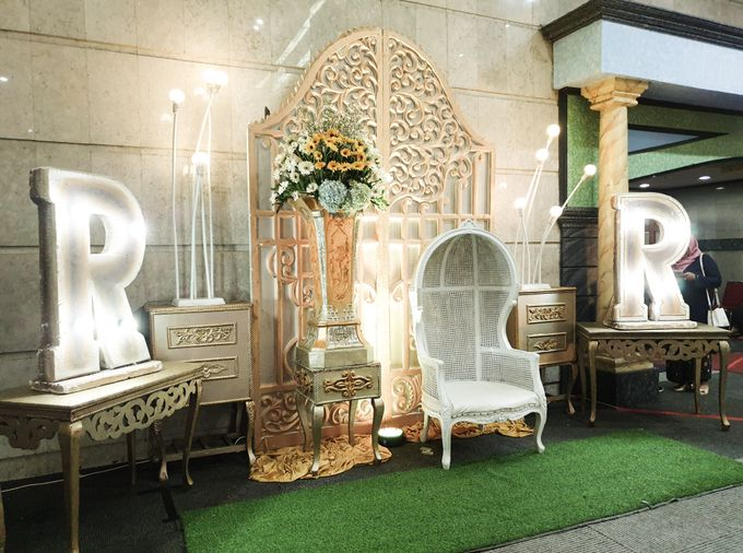 The Wedding Of Rezky & Rizal by Dirasari Catering - 008